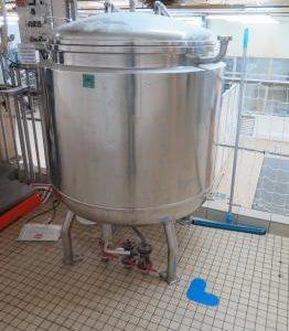 Cuve-DE-700-litres-1078-01